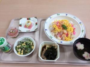『雛祭り食事』の画像
